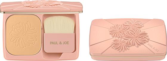 Paul &Joe compact foundation powder refill 102 en compact case met borsteltje