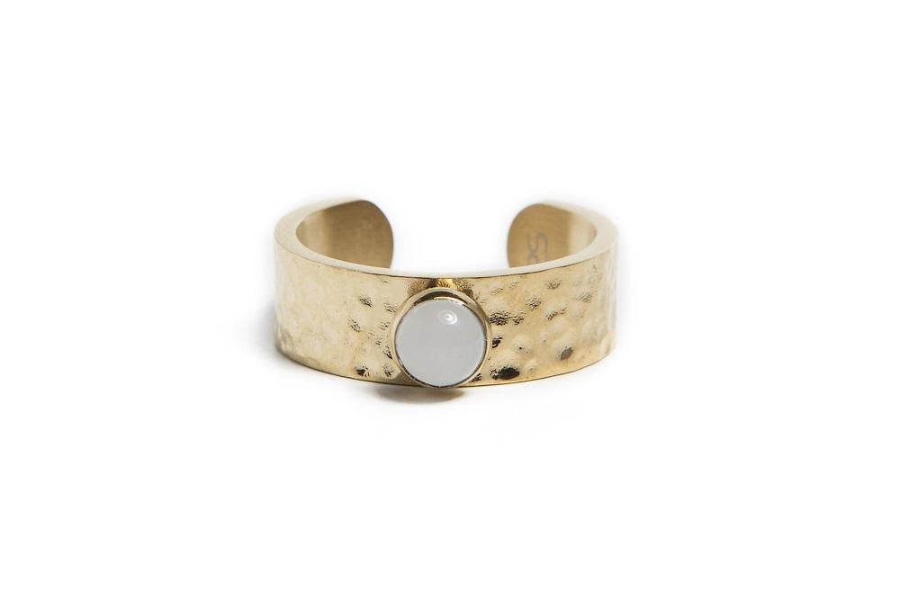 Silis Ring Gypsy stud gold