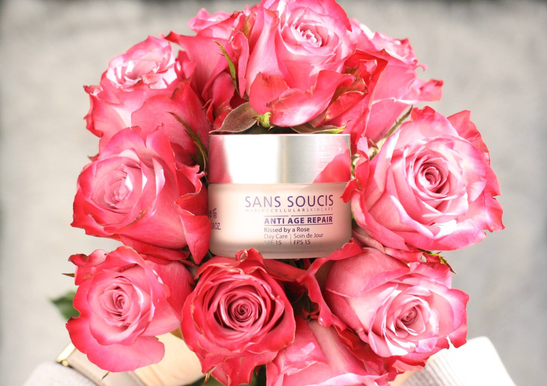 Sans Soucis Kissed by a rose dagcreme anti age repair SPF 15